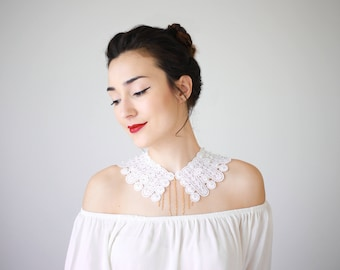 Lace Collar White Collar Vintage Collar Peter Pan Collar Statement Necklace Gift For Her Birthday Gift Sister Gift Bridal Collar / VESTA