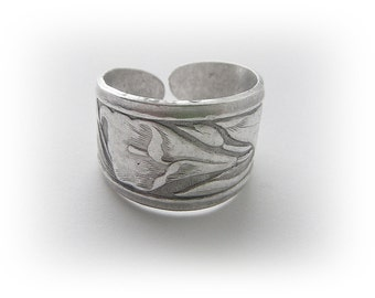 SILVER RING - Art Nouveau Iris - Calla Lily Flower Band Ring  Silver Brass Jewelry (R2-111) *
