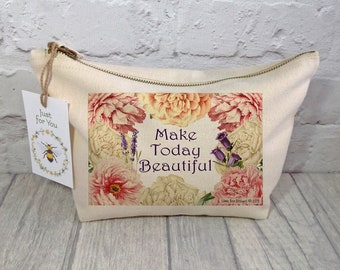 Floral Makeup bag / Personalised/ Cosmetic bag / Makeup Bag / Toiletry Bag / Accessory Bag / Wash Bag / Travel Bag / Mother's Day Gift