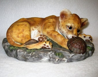 Curious Lion Cub With Tortoise Turtle - HOMCO Masterpiece