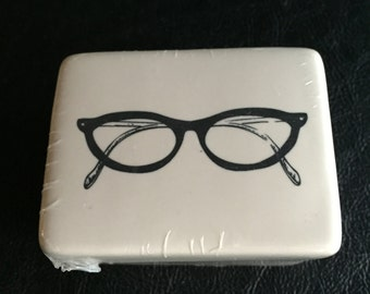 Glasses Trinket Box, Porcelain, Keepsake box, Quantity 1