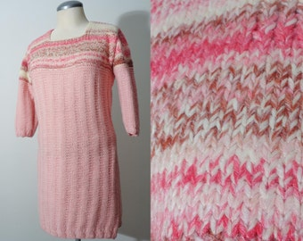 Adorable Vtg 60s SPACE DYE Knitted Crochet PINK Dress, Small to Medium