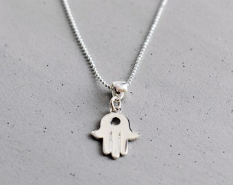 HAMSA- Necklace with pendant
