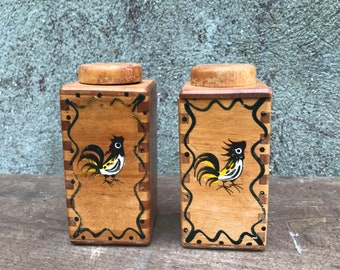Vintage Woodpecker Wood Ware Rooster Design Salt And Pepper Shakers