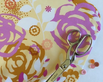 Saturday Floral - Laminated Cotton Oilcloth - Craft and Splat Mat
