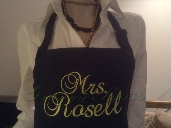 """A """"Mrs."""" Navy Blue Berries Apron w Daffodil thread, Script and 3 Pockets (24""""L x 28""""W) Bride, Wedding, Family name, Gift idea, house warming"""