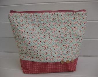 Knitting project bag, crochet project bag, make up bag, project bag, zipper bag