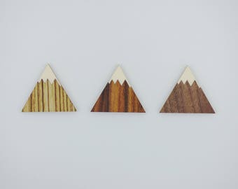 Wooden Mountain Magnets 3pcs - Fridge magnets - Peak magnets - Wedding magnets - Save the date magnets- Custom - Personalized engraving