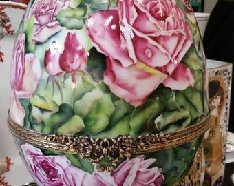 set of Limoges porcelain egg hand painted