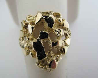 c026 Pretty Gold Nugget Ring in 14k Yellow Gold