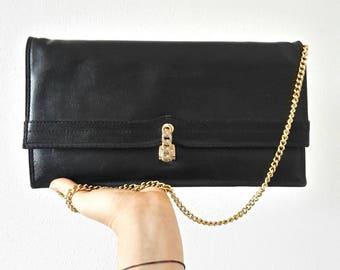 Vintage 80 black clutch bag.