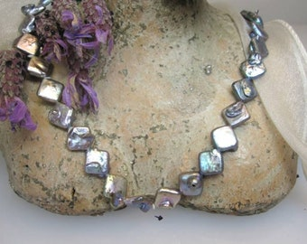 Freshwater pearl strand with natural adhesions/model 2