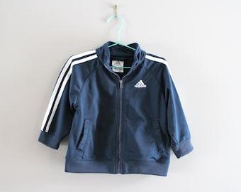 Enfant Adidas veste bleu marine 3 rayures garçon Adidas Zip veste Track Jacket 90 s Vintage taille 12-18 mois #C065A