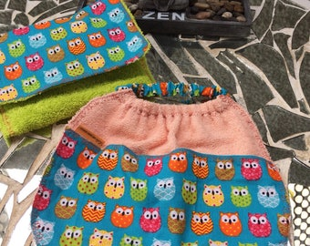 Bib pattern OWL and pouch for storing
