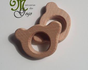 1 bear shape natural wooden teething ring.