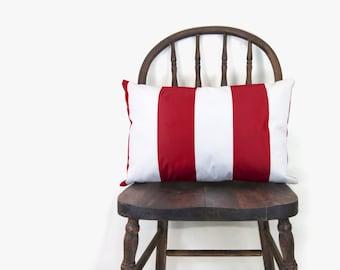 VERKAUF || Outdoor-Kissen - minimalistisch - rot gestreift und weißen Streifen Terrasse Lendenkissen Fall - 12 x 18 Zoll / 30 x 45 cm