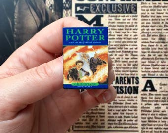 Miniature HARRY book brooch (#6) - Brooch, Miniature, Flare, Mini, Reading, Nostalgia, 90s, Harry Potter and the Half-Blood Prince