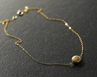 Dahlia - minimal 14k gold vermeil necklace - delicate gold necklace - gold pendant necklace - gold circle necklace - Mother's Day necklace