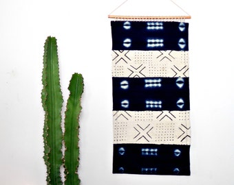 Mudcloth Wall Hanging || African Mud Cloth Wall Art Textile Indigo White Geometric Traditional Woven Organic Cotton Copper Weaving Tapestry