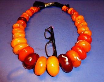 Antique Moroccan Berber huge natural vivid amber graduated beads necklace w. staples mounted摩洛哥特大蜜辣项链