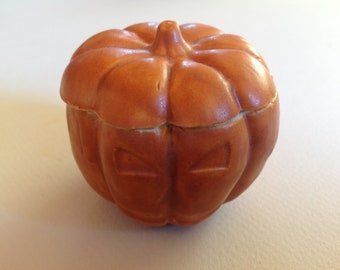 Ceramic pumpkin box