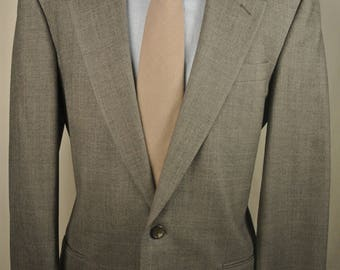 Perry Ellis Light Gray Glen Check 100% Wool Two Button Two Piece Suit Size: 40R