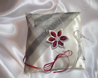 wedding ring cushion in grey satin and organza