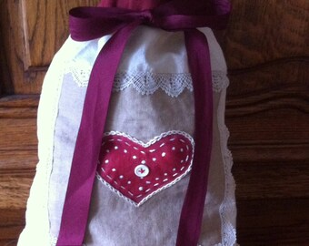 ecru and Burgundy cottage style pouch bag