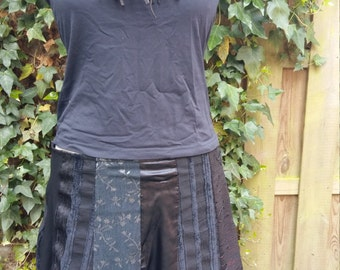 View lined skirt with 12 courses