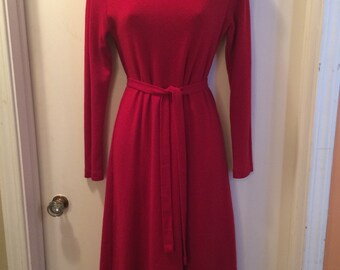 Vintage Retro 1970's-1980's Fire Engine RED Sweater Dress SIZE M