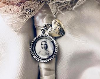 "Silver Round Rhinestone , Wedding Bouquet Charm,""You are always in my heart"",Bouquet Charm, Wedding Memory"
