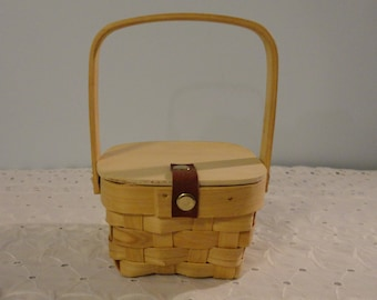 Mini Wood Picnic Basket With Leather Hinge On Lid For Dolls Crafting Projects