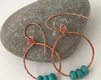 Boucles d'oreilles créoles Bette et perles