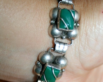 Vintage Sterling Silver TAXCO MEXICO Green Stone Bracelet