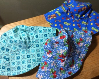 Reversible Wide Brim Bucket Hats Size Small 12 - 24 Months