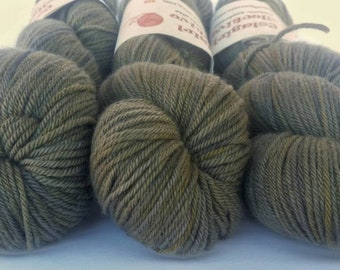 Outback 8ply/DK 'Olive Grove'