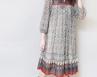 Vintage 1970's Green & Red Indian Cotton Midi Dress
