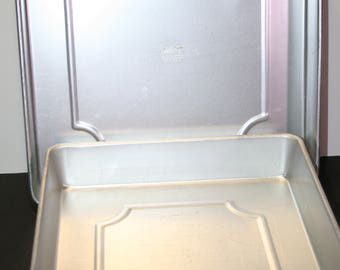 Wilton cake pans; graduated sizes; square; Performance Plus; baking pans