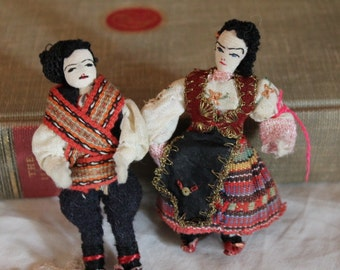 "Pair of Vintage 3.5"" Mini Russian Cloth Dolls"