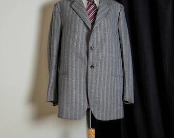 New vintage mens suit
