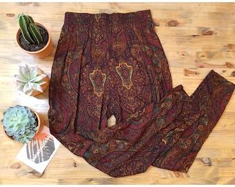 Vintage High Waist Printed Pants/Vintage Purple Paisley Pants/90's High Waist Paisley Pants/Size Med/LG High Waist Pants/Vintage Print Pants