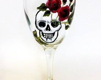skull wine glasses, skull art, Dia de Los Muertos, All Souls Day, custom wine glass, Birthday gift, custome wine glasses, skull glasses,