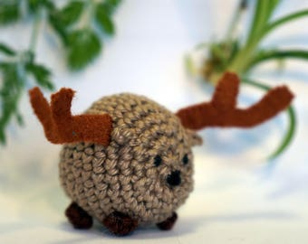 reindeer, moose, caribou plushie keychain - crochet amigurumi