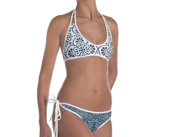 Blue reversible bikini