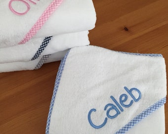 Monogrammed Hooded Towel for Babies and Toddlers, baby gift, baby shower