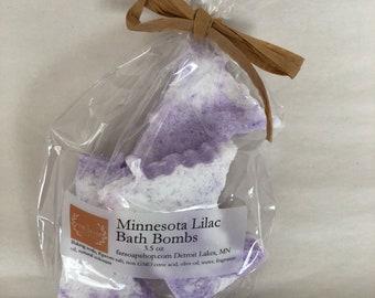 Minnesota shaped bath bombs