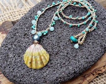Hawaiian Jewelry Sunrise Shell Necklace Crocheted, Mermaid Necklace, Beach Boho Necklace, Summer Jewelry, Mermaid Jewelry, Ocean Lover Gift