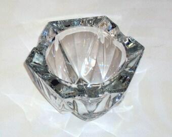 Heavy ashtray crystal glass / mid century 1960's cigarette ash tray