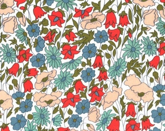 Liberty of London: Fat Quarter Tana Lawn Poppy and Daisy A in Red/Pink