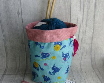 Cats with Yarn Knitting Project Bag, Cats Crochet Project Bag, dice bag, sock project bag, drawsting bag, crochet, weaving, embroidery,